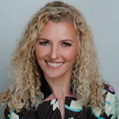Dr. Carmen Simon